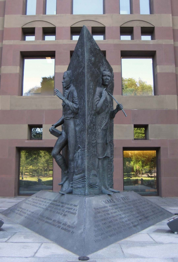 http://www.ctfreedomtrail.org/media/images/sites/amistad-memorial-1296933285x0.jpg
